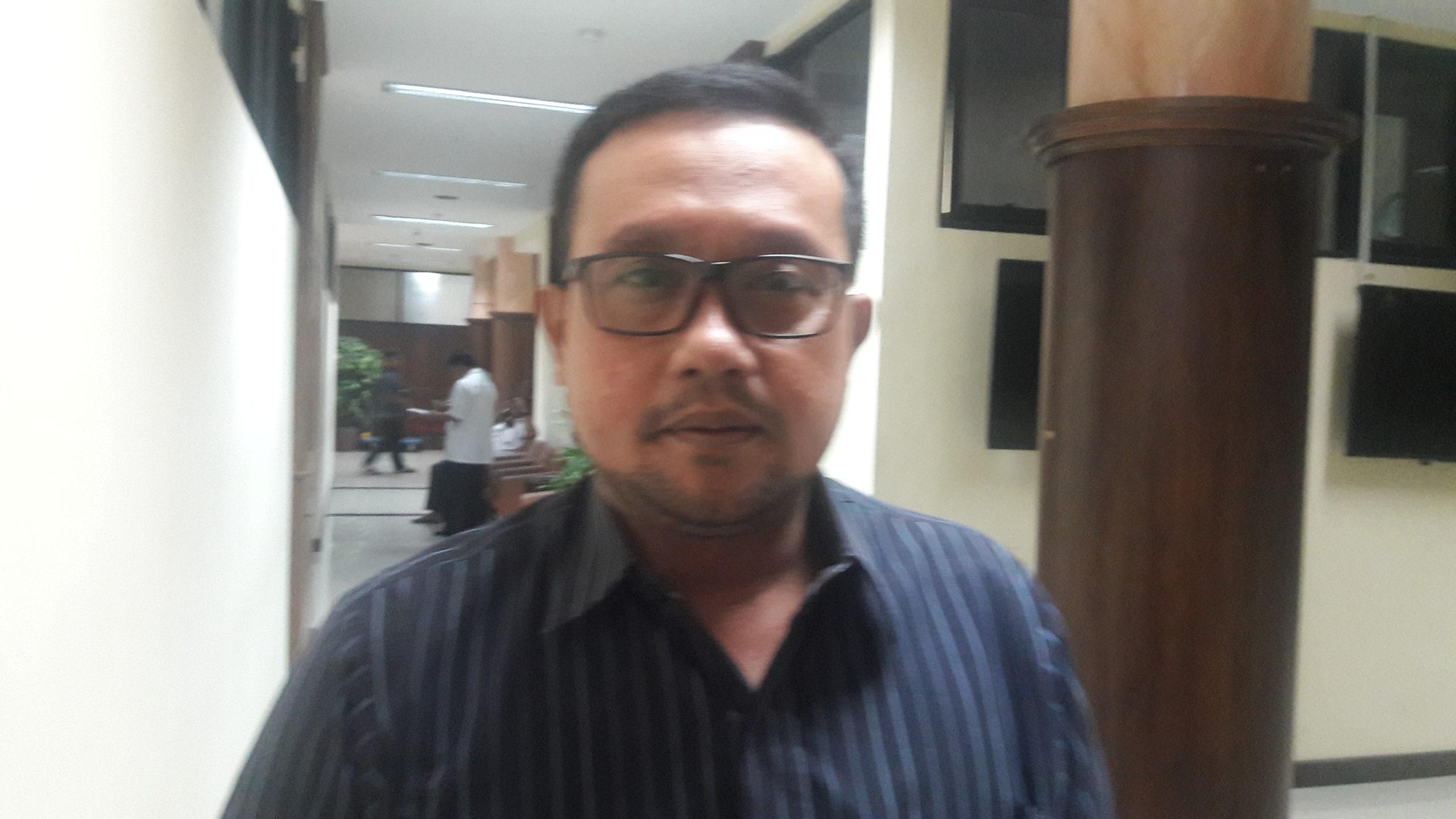 Anggota Komisi C DPRD Jatim Blegur Prijanggono. (FOTO: NUSANTARANEWS.CO/Tri Wahyudi).