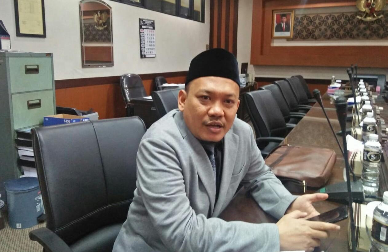 Anggota Komisi B DPRD Jatim Rohani Siswanto