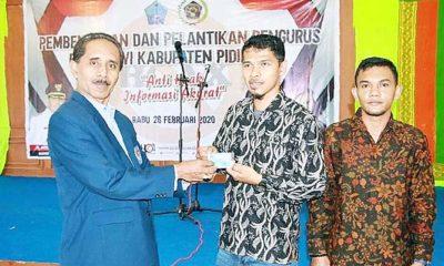 Ketua PWI Aceh Melantik Pengurus PWI Pidie Jaya