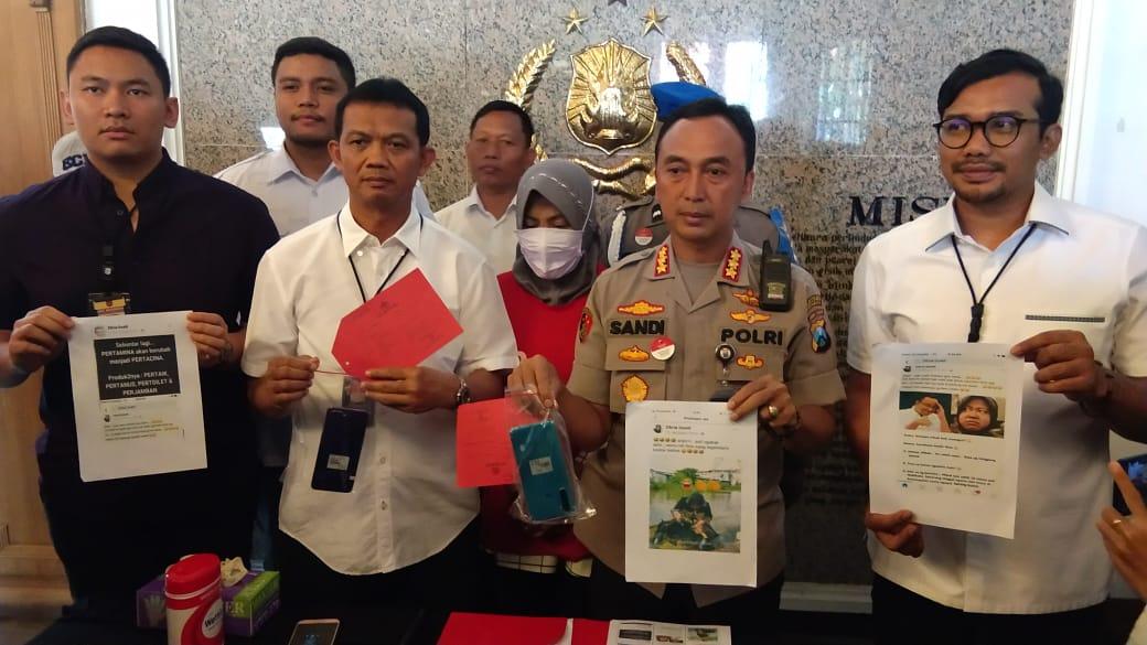 Manfaatkan Medsos untuk Hina Walikota Risma, Ibu Rumah Tangga Ditangkap Polisi