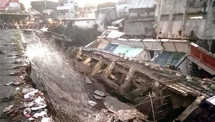 Bantaran Kali Jompo Ambrol, Bupati Jember Harus Bertanggung Jawab