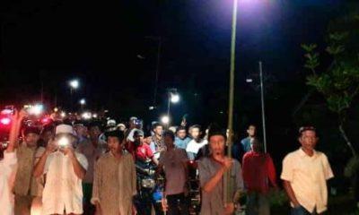 Ratusan Masyarakat Alu Pisang Abdya Pawai Obor Peringati Isra Mi'raj
