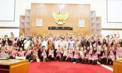 Para siswa Se-Malaysia Kunjungi DPR Aceh