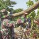 3 tanggul jebol di Lamongan, TNI-Polri turun tangan