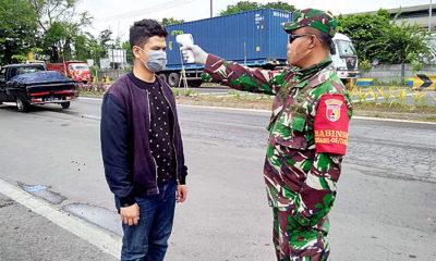 Masuk Surabaya, pengemudi kendaraan plat luar kota wajib ukur suhu tubuh