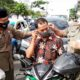 Pertahankan zona hijau, Disdik Sumenep bagikan masker gratis