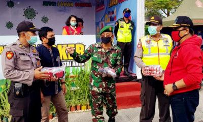Turun Dapil, Politisi PDIP Dewan Jatim tebar bantuan masyarakat terdampak Covid-19.