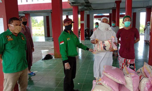 Peduli Dampak Corona, PPP Nunukan Serahkan Bantuan Beras di Rusunawa