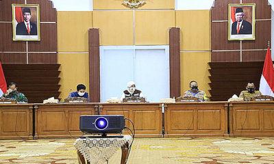 PSBB diberlakukan, Gubernur Khofifah minta perusahaan di Jatim lakukukan pembatasan proses kerja.