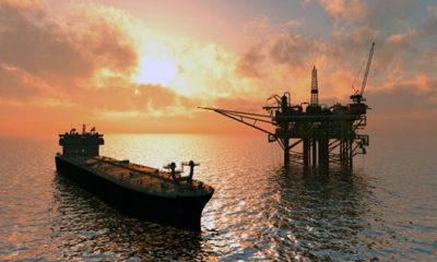 Harga minyak secara dramatis anjlok menjadi minus