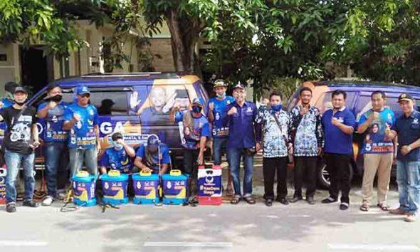 Anggota DPRD Jawa Timur Semprotkan Disinfektan Keliling Ponorogo