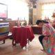 Karolin Margret Natasa laksanakan misa Jum'at Agung secara online.