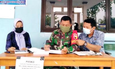 Babinsa pantau pendatang di Posko Tanggap Covid-19 di Kelurahan Bangunsari