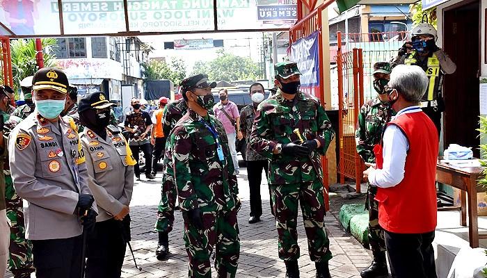 Pangkogabwilhan II Tinjau Kampung Tangguh di Sidotopo Lor Surabaya.1. Kunjungan di Sidotopo Lor