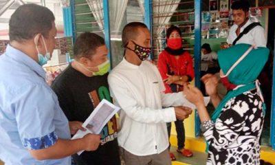 Anggota DPRD Nunukan pantau penukaran voucher bantuan sosial.