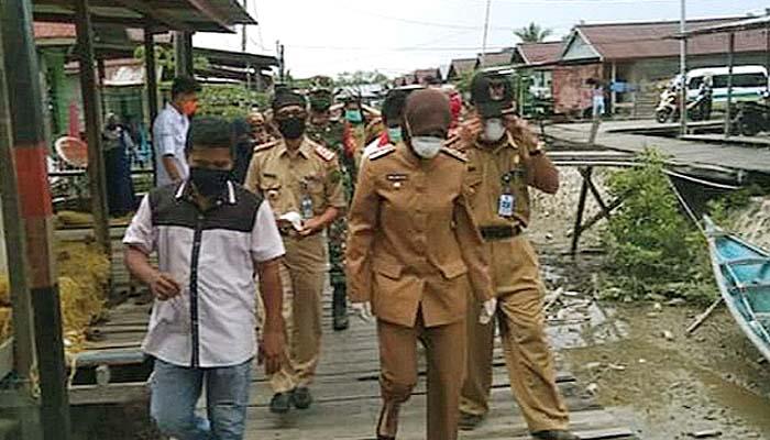 Bupati Nunukan apresiasi warga Nunukan Selatan atas solidaritasnya terhadap pasien Covid-19.