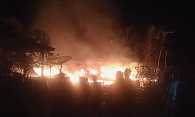 Lima unit rumah berkonstruksi kayu warga Dusun Bidari, Gampong Leubok Pusaka Kecamatan Langkahan Aceh Utara terbakar