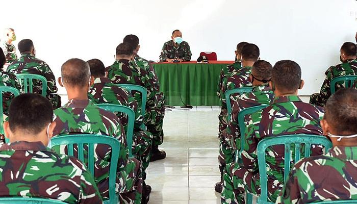 Dandim 0803/Madiun beserta perwira jajarannya mengikuti jam Komandan Korem 081/DSJ.