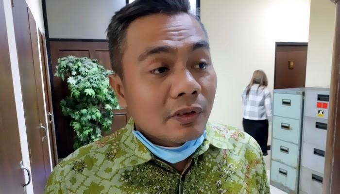 Jatim disebut belum layak untuk New Normal, menurut penilaian Anggota Komisi A DPRD Jatim Mohammad Aziz.