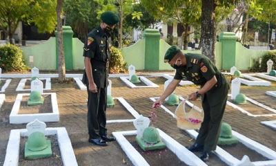 Ziarah ke Taman Makam Pahlawan warnai peringatan HUT ke-58 Yonarmed 12/Divif 2 Kostrad.