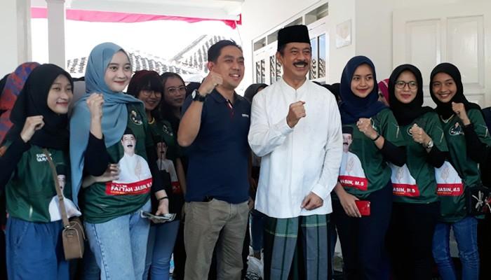 """Fattah Jasin resmikan posko pemenangan yang diberi nama """"Rumah Perjuangan Rakyat"""" bertempat di Jalan KH Agus Salim, Kecamatan Kota, Sumenep, Kamis (2/7)."""