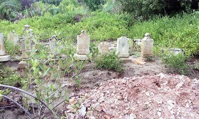 Makam ulama dan Kesultanan Aceh di kawasan Tambak Gampong Pande hendak dimusnahkan.