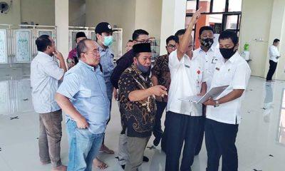 Komisi III DPRD Sumenep Sebut Bangunan Masjid Senilai 3 M di Area Pemkab Tak Sesuai Harapan. Hal tersebut terungkap setelah rombongan Komisi III
