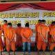 Polisi amankan 76 orang kasus narkotika jenis sabu.