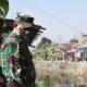 Karya Bakti pupuk kemanunggalan TNI dan Rakyat di Mojokerto.