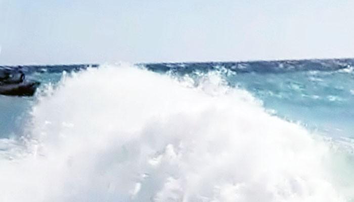 Perahu KM Obama terbalik di perairan Sumenep, 1 orang meninggal 2 orang hilang.