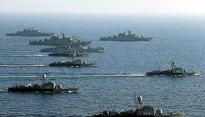 "Iran menguji peralatan militer baru selama 3 hari latihan gabungan berskala besar dengan sandi ""Zolfaqar-99"" di Teluk Oman mulai Kamis (10/9)."
