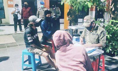 Langgar Protokol Covid-19, 17 ribu masyarakat di Jatim disanksi kerja sosial.