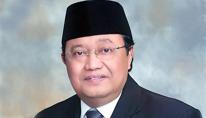 Angka penularan Covid-19 Jatim terendah se Indonesia, Khofifah dan Forkopimda diaparesiasi.