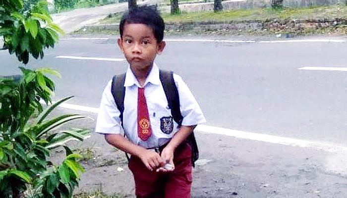 Rangga tewas dibacok 10 kali saat coba menolong ibunya dari pemerkosaan.