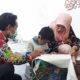 Hari Batik Nasional, anak ssia dini ikuti pelatihan membatik di Rato WMS.