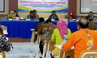 Dikelola Pemprov, kesejahteraan Guru SMK di Jatim memprihatinkan.