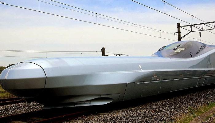 Jepang luncurkan kereta api peluru terbaru dengan kecepatan 380 kilometer perjam.