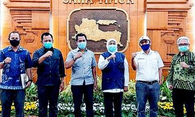 Minta usut tuntas rusuh Grahadi, Gubernur Khofifah Indar Parawansa mengatakan pihaknya menyerahkan sepenuhnya proses hukum terhadap pelaku kerusuhan dalam aksi penolakan Omnibus Law di Grahadi Surabaya, Kamis (8/10).