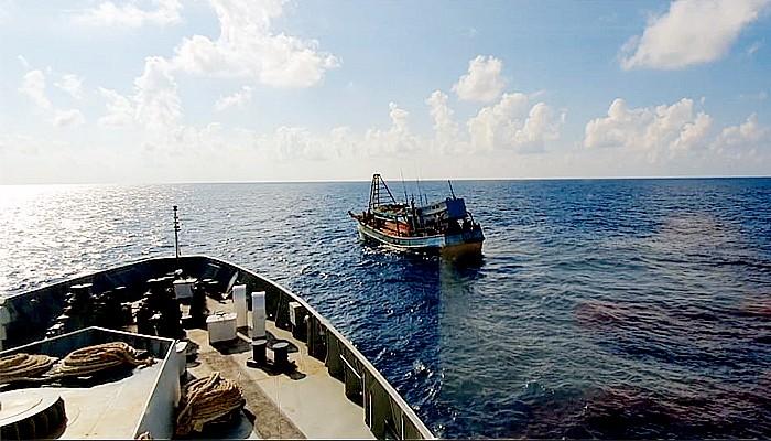KN Pulau Nipah 321 tangkap 2 kapal ikan Vietnam di perairan Natuna Utara sebagai bagian dari Operasi Cegah Tangkal 2020.