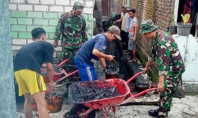 Antisipasi banjir di Lamongan dengan karya bakti.
