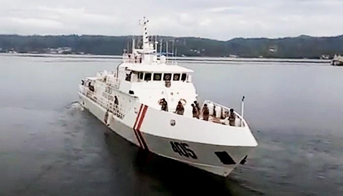 Ratusan siswa, mulai TK hingga Mts di Halmahera Selatan kunjungi KN Ular Laut-405 Bakamla RI yang sedang bersandar di pelabuhan Laut Laiwui Jikotamo, Halmahera Selatan.
