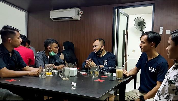 Teuku Syahwal Calon Ketua KNPI silaturrahmi dengan PW IPNU Aceh.