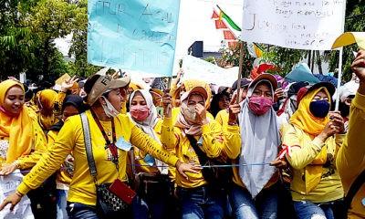 Aliansi pekerja seni demo Pemkab Sumenep, tuntut izin panggung hiburan dibuka.