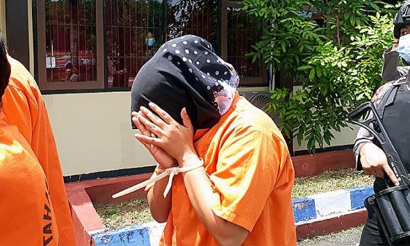 Edarkan narkoba, perempuan di Kepulauan Sumenep Ditangkap Polisi.