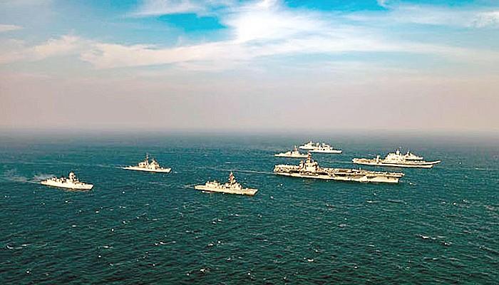 USS Nimitz dan Carrier Strike Group (CSG) mulai latihan fase kedua di Laut Arab, India Barat.