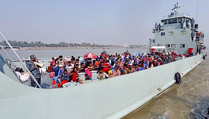 Bangladesh pindahkan pengungsi Rohingya ke pulau tak berpenghuni.