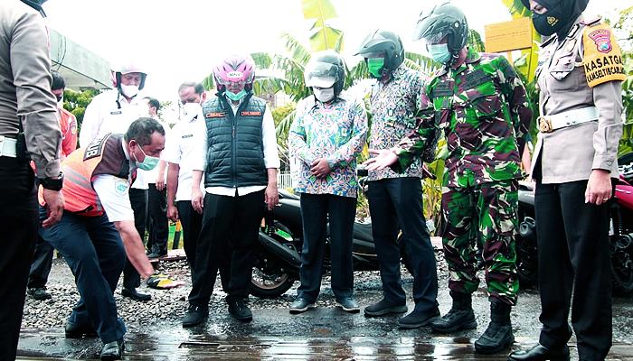 Titik jalan nasional di Lamongan jadi pusat perhatian Wagub Jatim.