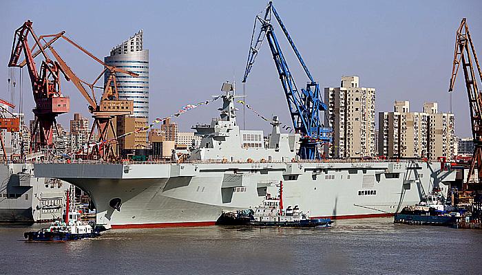 Cina luncurkan kapal induk helikopter ketiga.