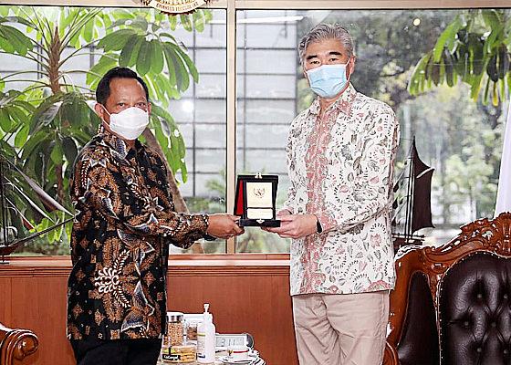 Partisipasi pilkada tinggi dan aman, Indonesia diapresiasi Amerika.