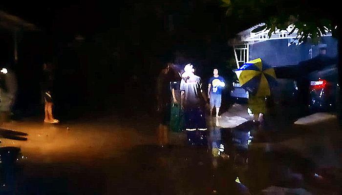 33 rumah dan 120 jiwa terdampak meluapnya Sungai Pengkol.